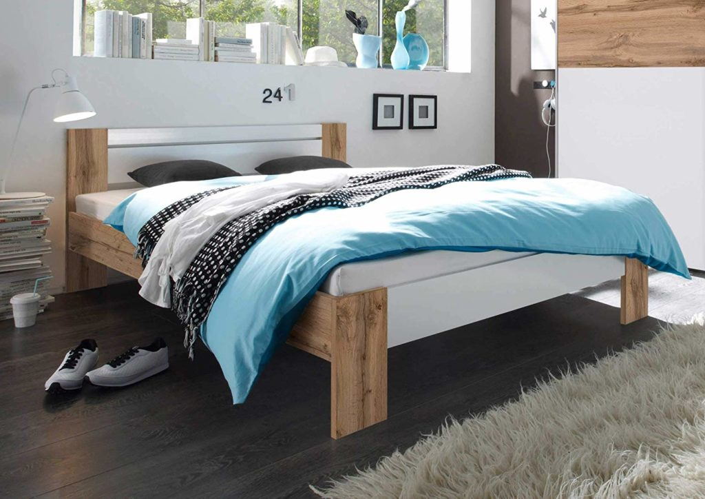Bett 140×200 mit Matratze und Lattenrost