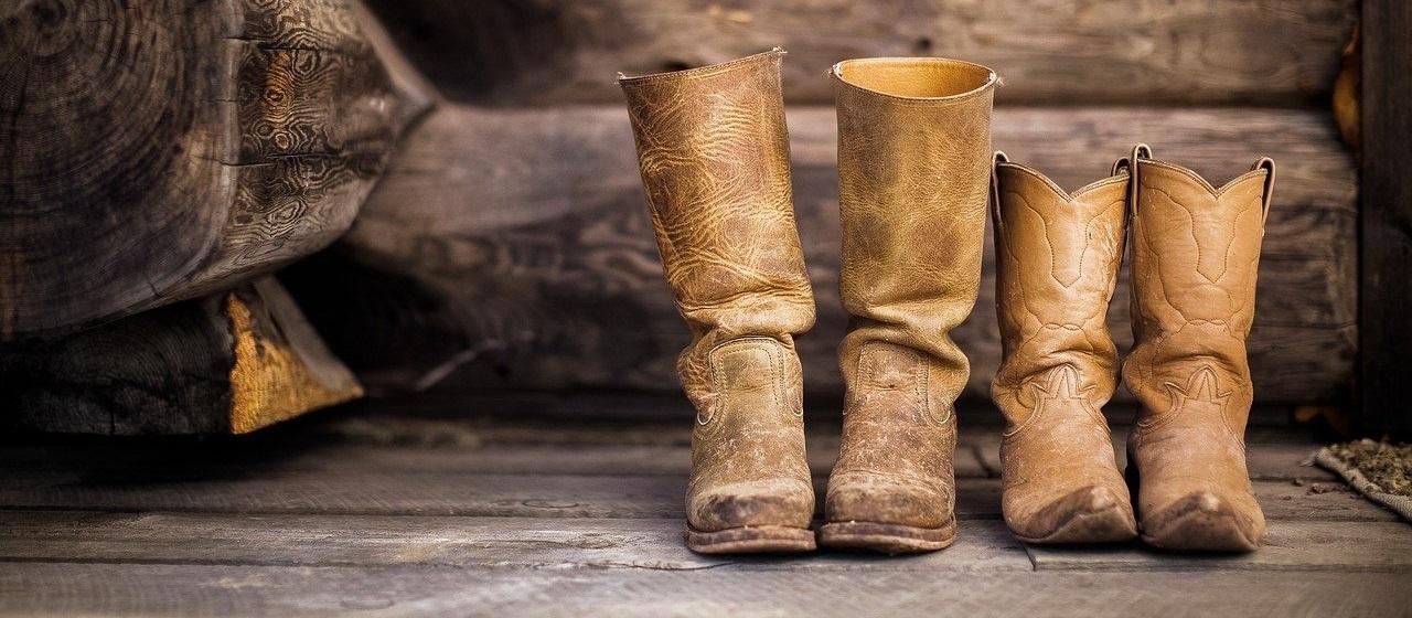 Flecken auf Lederschuhen entfernen
