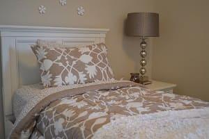 Einzelbett, Bett